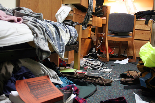 messy dorm room bed bugs
