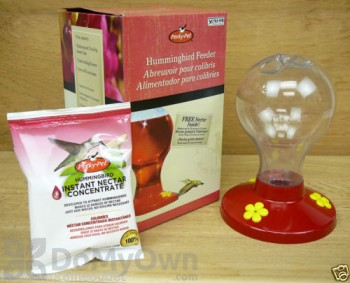 Perky Pet Plastic Hummingbird Feeder with Free Instant Nectar Concentrate 16 oz. (216)
