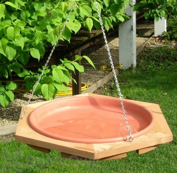 Songbird Essentials Classic 17 Hanging Bird Bath (SE505)