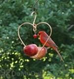 Songbird Essentials Love Birds Fruit Bird Feeder (SEHHLBAP)