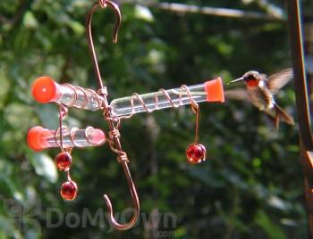 Songbird Essentials Three Whimsy Hummingbird Feeder (SEHHWHM3)