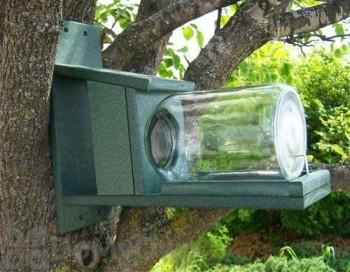 Songbird Essentials Recycled Plastic Squirrel Feeder with Jar (SERUB412)
