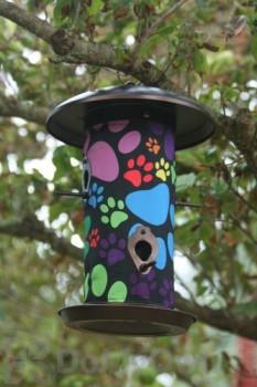 Toland Home and Garden Puppy Paws Bird Feeder 3 lb. (202044)